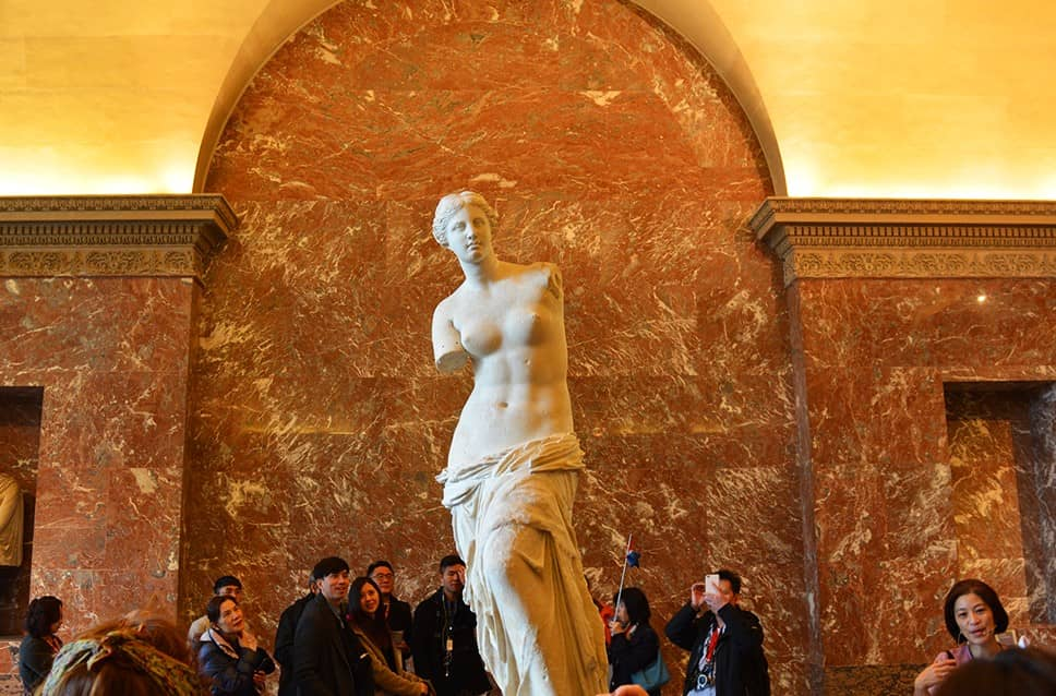Most Popular Exhibits at the Louvre