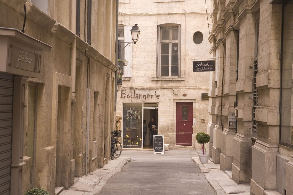 Montpellier Old Town Travel Guide