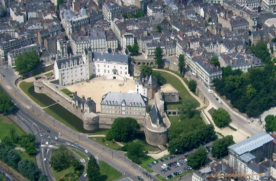Nantes France Travel Blog