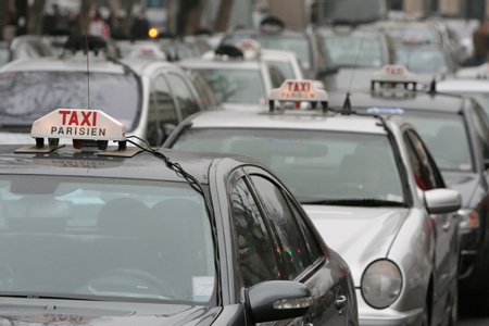 Taxi to Charles de Gaulle Airport