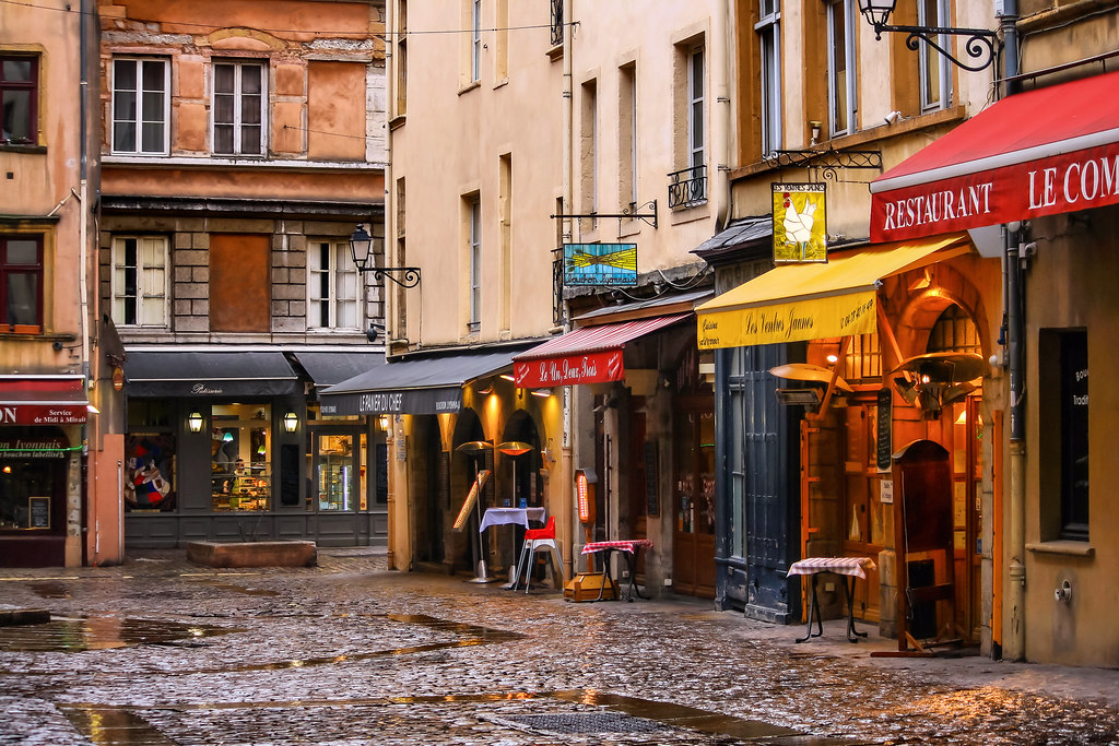 where to eat in lyon