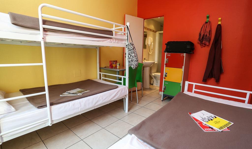 Le Montclair Hostel Montmartre
