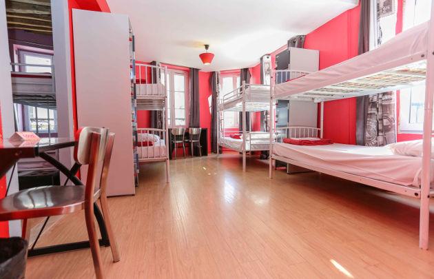 Le Village Best Hostel In Montmartre Paris