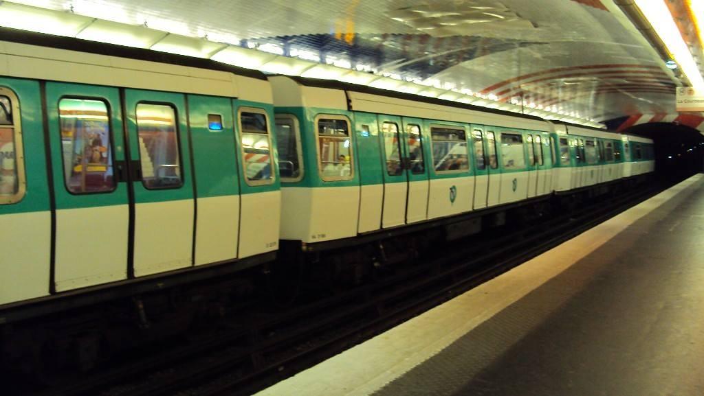 Metro Parijs openbaar vervoer