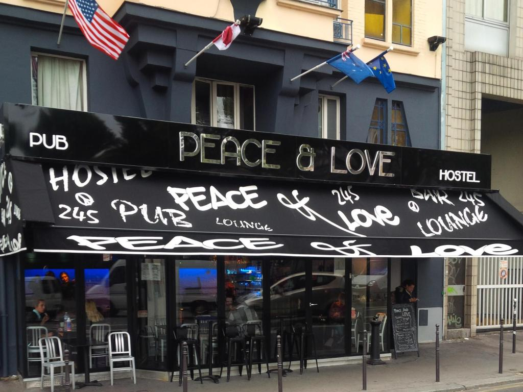 Peace and Love Party Hostel In Paris