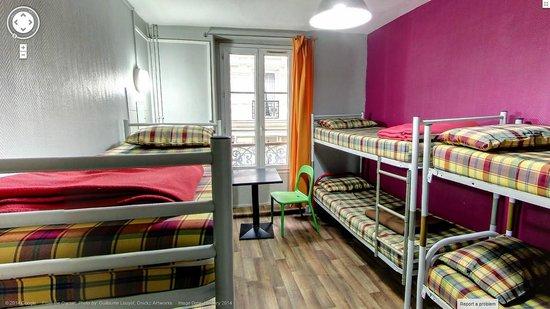 Woodstock Hostel In Montmartre