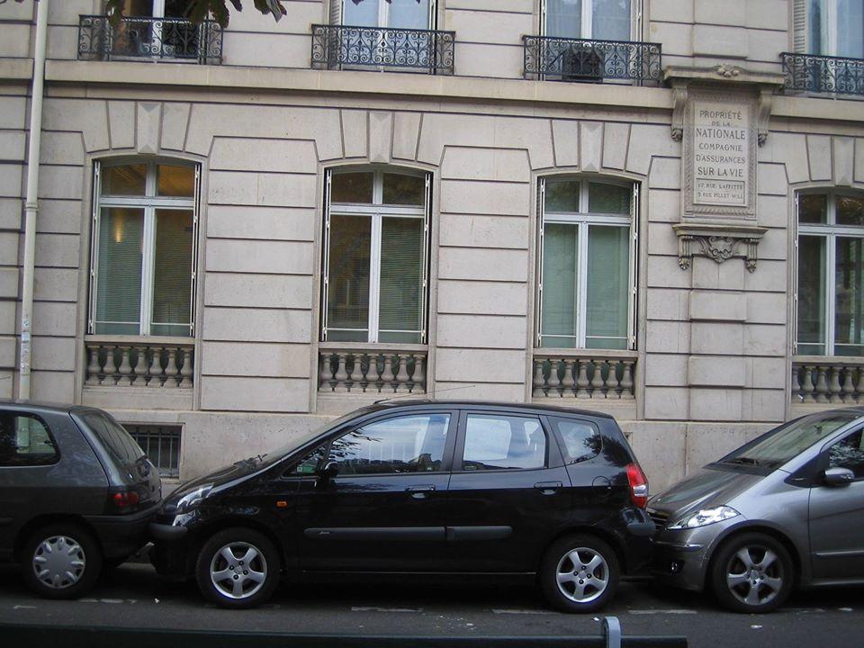 typisch Paris Street Parking