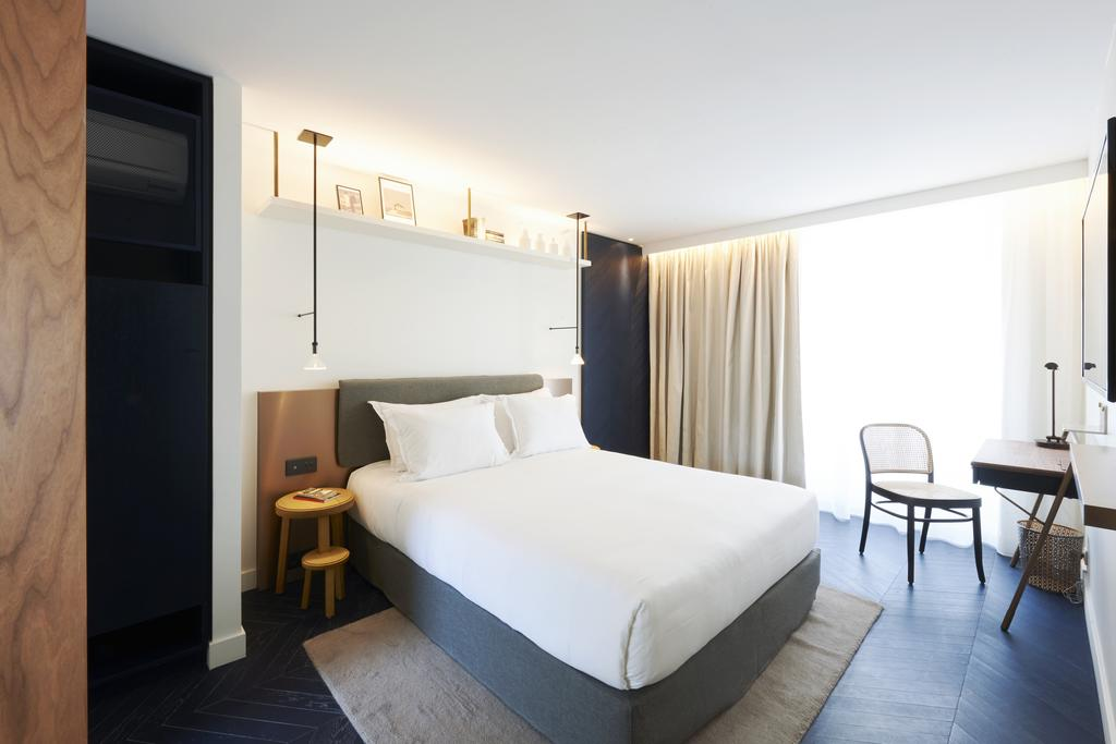 Amastan Hotel In Champs Elysees
