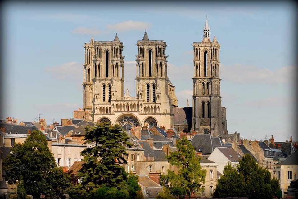 Cathédrale Notre-Dame de Laon Most Beautiful Churches To Visit In France