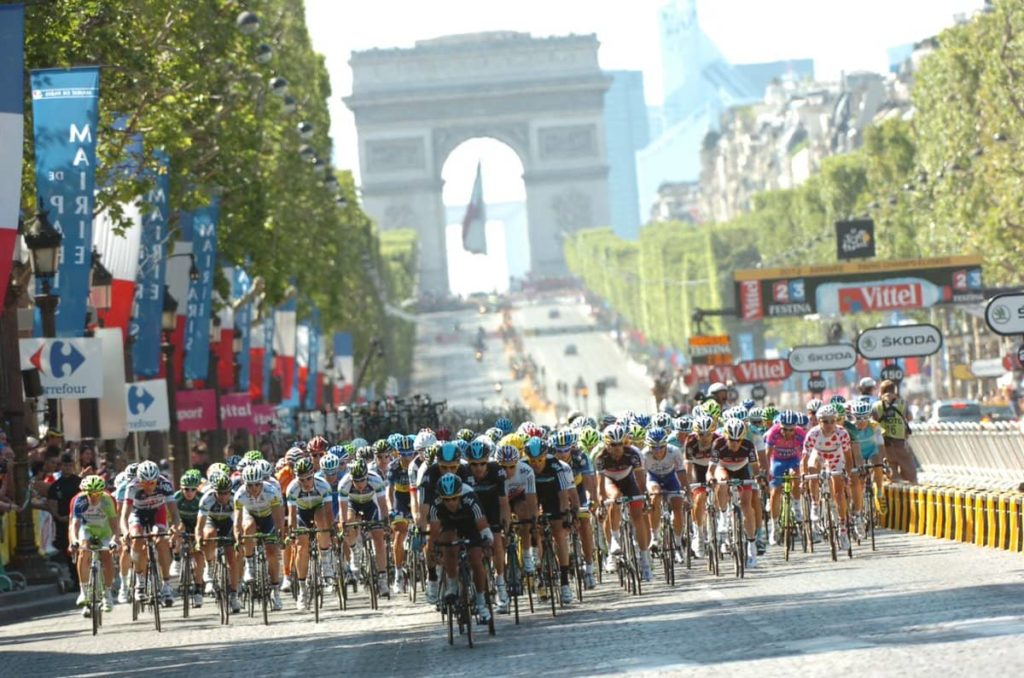 Champs-Élysées gebruikt als sportlocatie