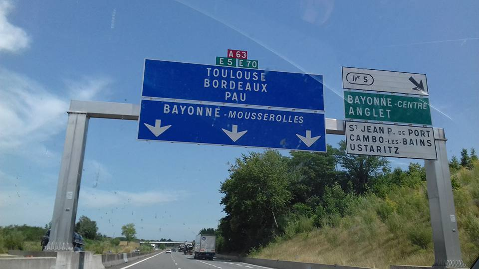 Getting from Paris to Bordeaux With A Car