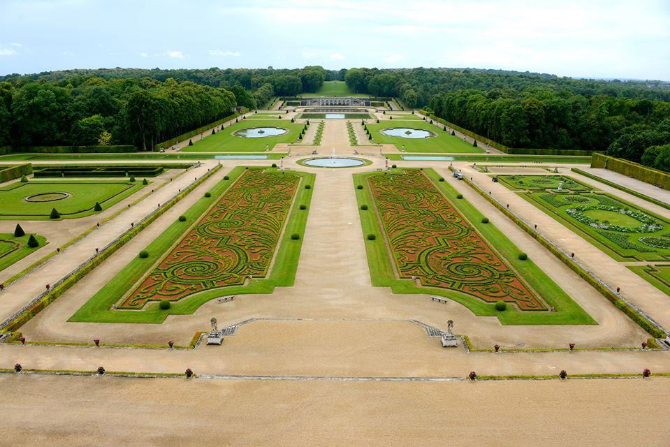Guide Of Vaux le Vicomte Castle