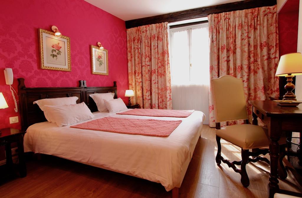 Hotel de la Bretonnerie Top Hotels Paris, France
