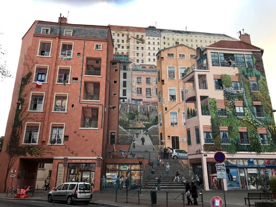 Lyon's Famous Murals