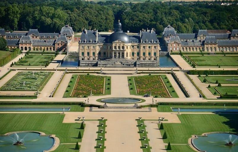 Vaux le Vicomte castle, France Facts