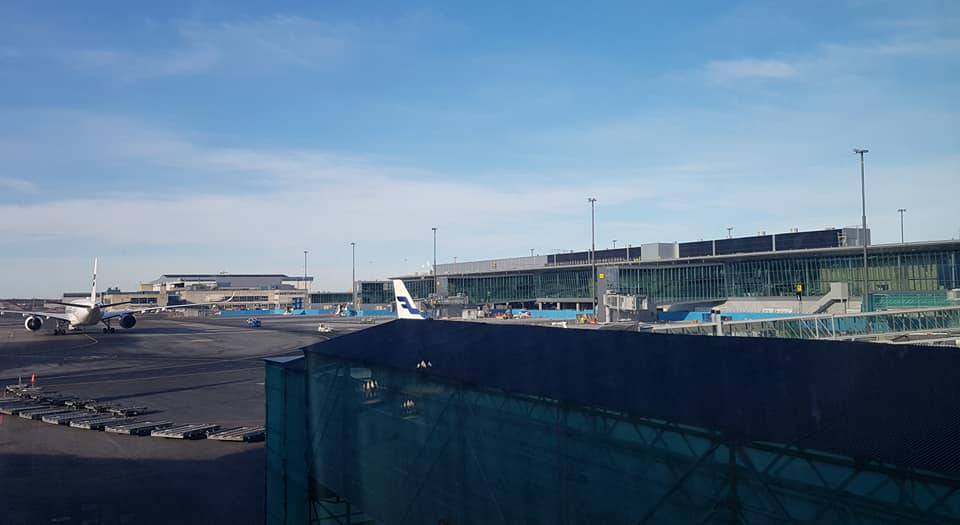 Ways of getting from Paris to Avignon by plane