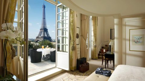How To Choose Your Hotel Location In Paris