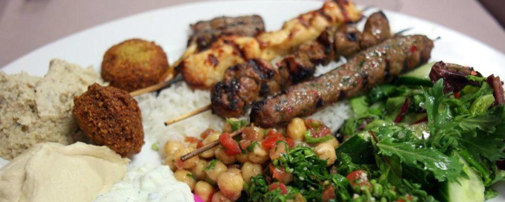 Libanees eten in Parijs
