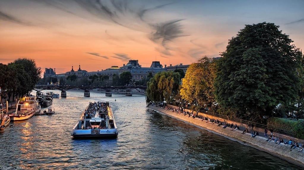 Paris vs Rome For Tourists