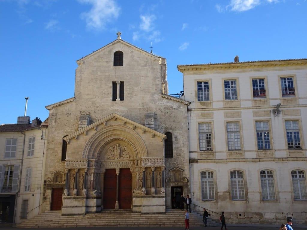 Reasons to Visit Arles - Church of St. Trophime