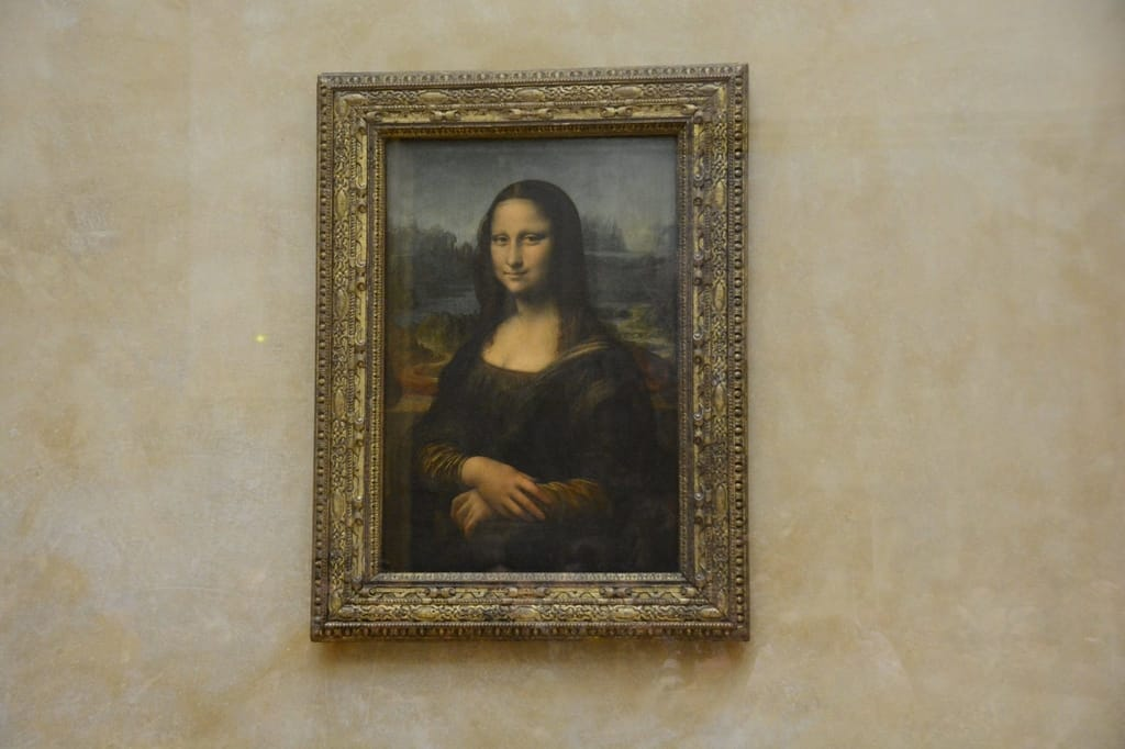 Things You Must See in the Louvre - Mona Lisa