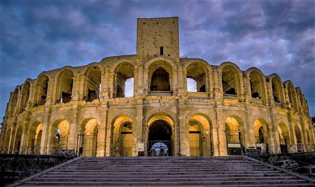 Visitng Arles - Amphitheatre