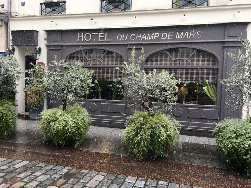Budget Hostel du Champ de Mars