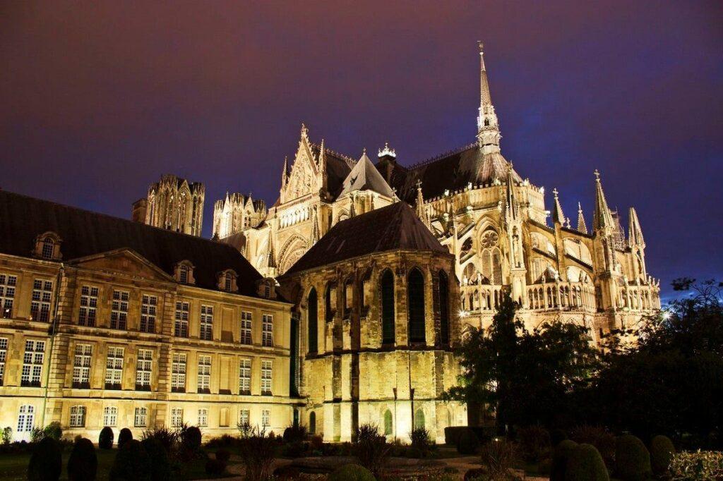 What is Reims Known For - Cathédrale Notre-Dame de Reims