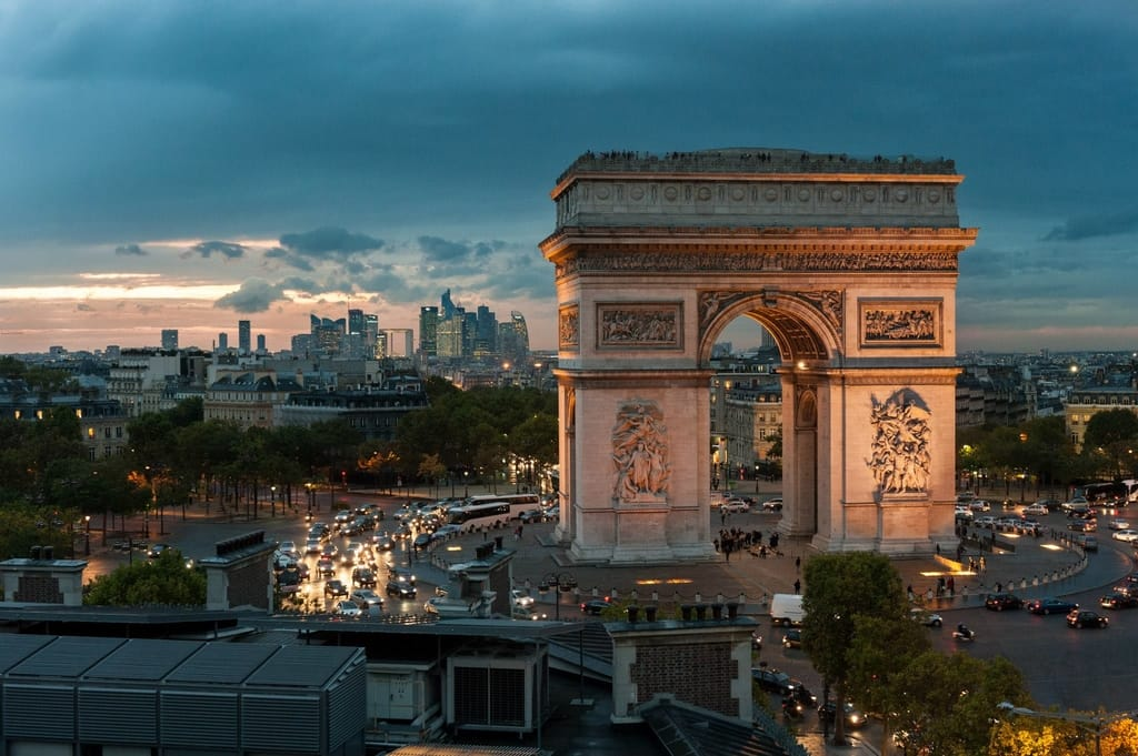 Get To The Top Of The Arc De Triomphe