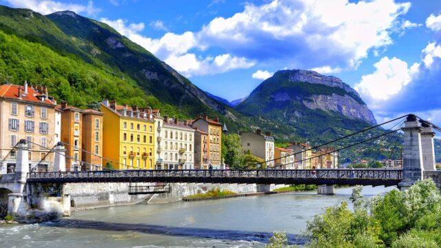 Grenoble Travel Guide