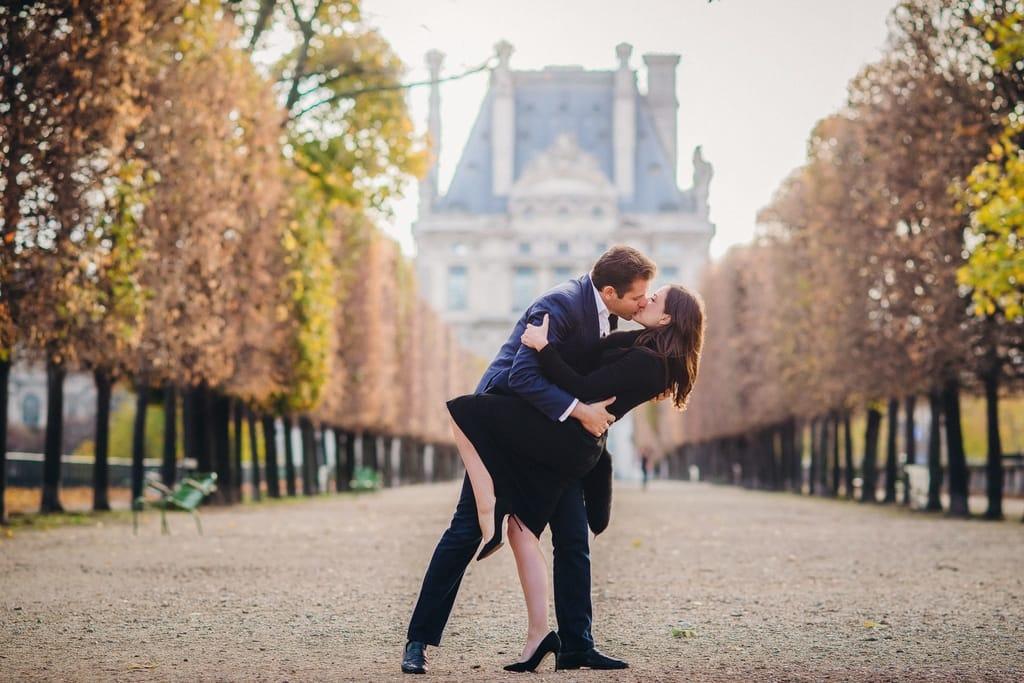 Is Paris a Romantic Place