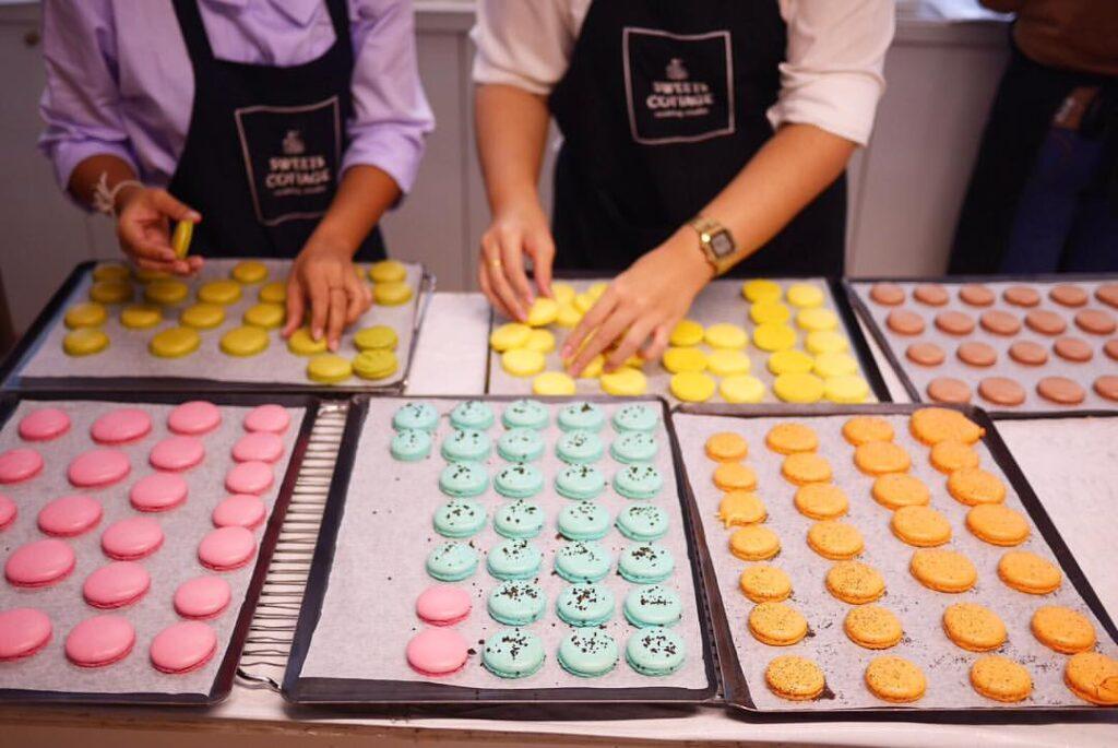 Macaron Baking Class in Montmartre