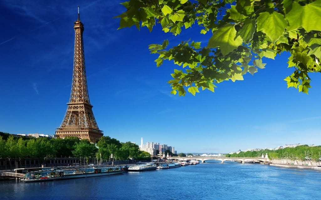 Most Beautiful Monuments In The World - Eiffel Tower