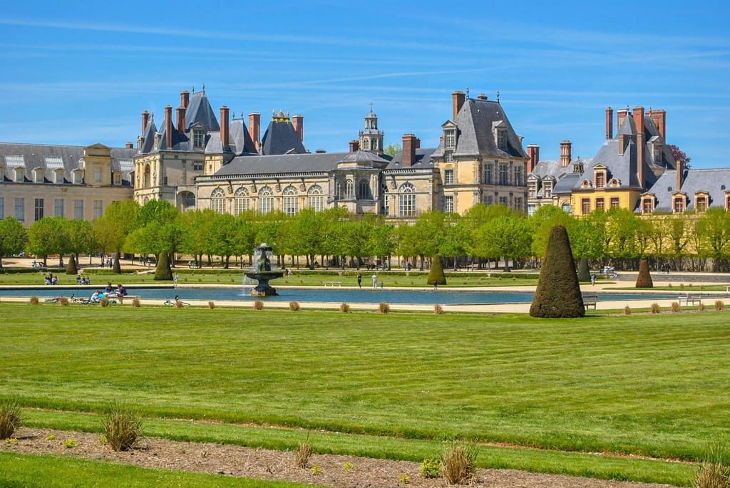 Most Visited Tourist Attractions in France - Castle Fontainebleau