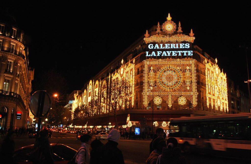 Paris Christmas Tours