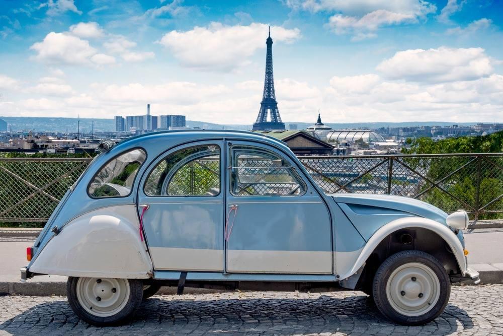 Paris Tour With a Citroen 2CV