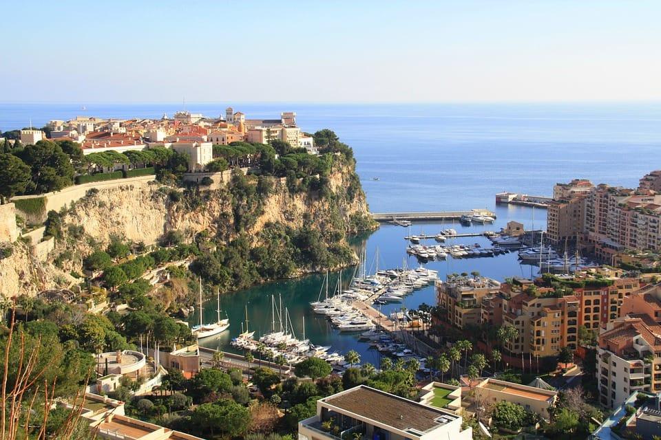 Visitors at Rock of Monaco and Monte Carlo